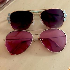 Like new! Girl's fashion aviator sunglasses